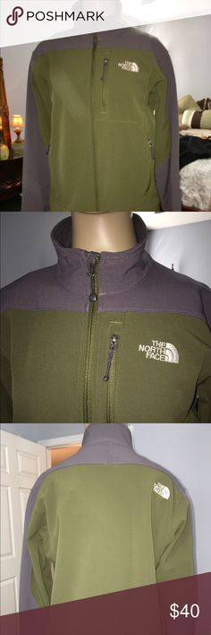 PRICE DROP $35 THE NORTH FACE LADIES JACKET THE NORTH FACE ARMY GREEN N GREY JACKET WITH ZIPPER FRONT N CHEST POCKETS WITH VELCRO SLEEVES EXCELLENT CONDITION LADIES SIZE S/P PRICE IS FIRM The North Face Jackets & Coats