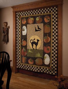 Primitive Quilts and Project Magazine - Amazing quilt - I would leave this out all year!