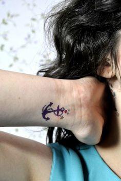 Tatouages de symbole de l 39 infini tatouages symboles and le symbole de l 39 infini on pinterest - Tatouage ancre marine femme ...