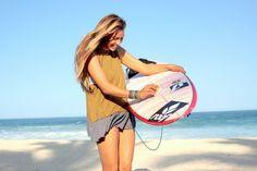 Tia Blanco: #Vegan #Surfer