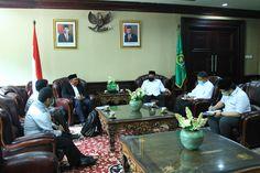Bertemu Forum Mahasiswa Aceh, Menag: Jangan Salah Mengambil Visi