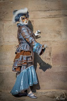 Blue velvet mask