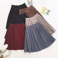 Cheap boots skirt, Buy Quality pleated skirt directly from China skirt female Suppliers: 2017 new winter girls skirts pleated schoolgirls skirt uniforms cos high waist solid pleated skirt female mid retro boot skirt Mode Outfits, Skirt Outfits, Dress Skirt, Preppy Mode, Preppy Style, Mode Bcbg, School Uniform Skirts, Moda Formal, Skirts With Boots