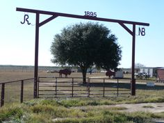 farm entrance gates | Ranch+entrance+gates