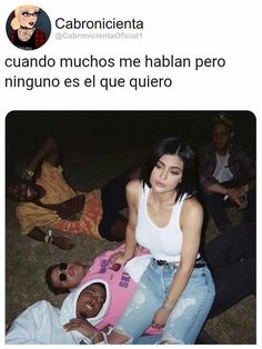 Funny Spanish Memes, Spanish Humor, Wtf Funny, Funny Memes, Hilarious, Ig Captions, Caption Quotes, High School Musical, Love Hurts