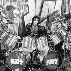 Kiss Pictures, Paul Stanley, Kiss Band, Hot Band, Star Children, Im Grateful, Classic Rock, Rock Bands, Rock N Roll