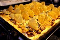 Godaste tacogratängen – Niiinis Kitchenlife Swedish Recipes, Snacks, Tex Mex, Lchf, Food Inspiration, Nom Nom, Smoothies, Sushi, Clean Eating
