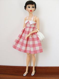 Summer dress for Pullip / Momoko / 27cm Obitsu  #Doll #Momoko #Sekiguchi #Petwors #clothes #fashion #style #outfit #handmade #handsewn #miniature #SquishTish #dress #halter #summer #vichy #pink