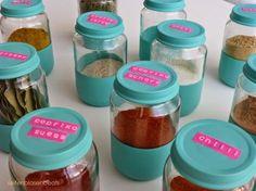 Upcycling von Babybreigläsern in Gewürzgläser. Gute Anleitung. Quelle: seifenblasenbeats: Pimp my spices (creadienstag #31)
