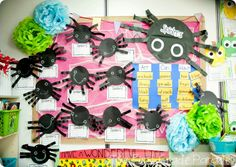 Spider Week fun for the week before Halloween! to show off all of the kids Halloween activies