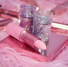 Newest mac makeup collection - Best of Wallpapers for Andriod and ios Pink Tumblr Aesthetic, Baby Pink Aesthetic, Bad Girl Aesthetic, Aesthetic Pastel Wallpaper, Pink Wallpaper, Mode Rose, Glitter Photography, Pink Photo, Photo Wall Collage