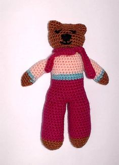 Charity bear made by Blue Light Babies, UK, for yarndale.co.uk Crochet Bear Patterns, Knitting Patterns, We Bear, Bear Face, Types Of Yarn, Photo Tutorial, Neutral Colors, Charity, Knit Patterns