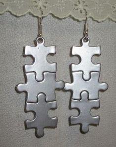Cómo hacer unos pendientes caseros con piezas de puzzles