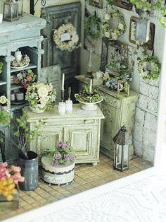 flower shop miniature* Flower*3 : natural色の生活~handmade家具
