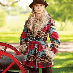 Shop King Ranch Saddle Shop for our great line of women's apparel for outdoor use to stylish leather jackets for a night out. Classic Outfits, Cool Outfits, Fashion Outfits, Classic Clothes, Fur Clothing, Clothing Patterns, Western Wear, Western Chic, Western Boot