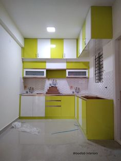 There are a lot of factors that you need to look at when you plan to design a new kitchen or remodel it. Kitchen remodeling needs more thought than choosing a few colors and materials. There are many factors that … Continued Kitchen Cupboard Designs, Kitchen Room Design, Modern Kitchen Design, Interior Design Kitchen, Kitchen Layout Plans, Kitchen Modular, Modern Kitchen Interiors, Factors, Modern Kitchens