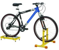 eTrainer Turns Regular Bicycles Into Stationary Bikes Bike Stand Diy, Bicycle Stand, Bike Rollers, Bmx, Diy Stationary Bike Trainer, Velo Cargo, Indoor Bike Trainer, Bicycle Workout, Workout Exercises