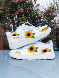 Behind The Scenes By kaiicustoms Custom Sneakers, Custom Shoes, Summer Sneakers, Sneakers Nike, Lil Uzi Vert Style, Custom Air Force 1, Sneaker Games, Nike Air Shoes, Hype Shoes