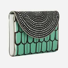 Marimekko Virva Launo Clutch bag. They also have it in yellow and pinky salmon... so difficult to choose!