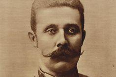 Franz Ferdinand (1875-1914) komt uit Graz (stad in Oostenrijk). Hij was de troonopvolger van Oostenrijk-Hongarije. Franz Ferdinand werd 28 juni 1914 vermoord in Sarajevo door Gavrillo Princip, wat de aanleiding was voor WOI.