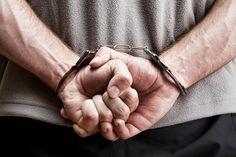 DNA a deschis dosar penal în cazul cărţilor scrise de deţinuţi. - http://stireaexacta.ro/dna-a-deschis-dosar-penal-in-cazul-cartilor-scrise-de-detinuti/