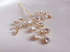Crystal leaf hair pin in gold or silver, Swarovski crystal gold hair pin, Crystal hair pin, Wedding hair pins, Floral crystal pin Wedding Accessories, Hair Accessories, Pearl Crafts, Wedding Hair Pins, Hair Vine, Tiaras And Crowns, Hair Art, Or Rose, Hair Pieces