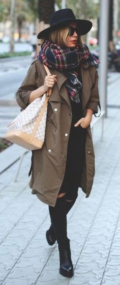 #fall #outfits / tartan scarf + trench coat