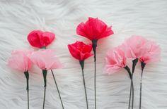 offrir des fleurs en papier crépon faites maison pour la fête des mères
