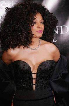 Diana Ross - Oprah's Legends Ball - May 2005 Tina Turner Concert, Diana Ross, Oprah, Legends, Strapless Dress, Singer, Dresses, Women, Fashion