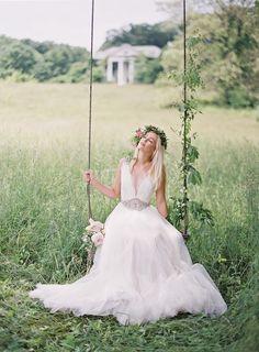 Свадьба в заброшенном особняке от Anne Robert Photography | Agua Marina Blog by Marina Giller