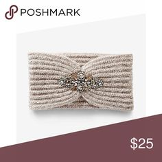 ✨Center Embellished Head Wrap✨ ✨Keep your noggin warm and fashion-forward at the same time. Soft fabric, wide knitting and a glittering embellishment combine for a cozy, elegant way to stay toasty and accent your ensembles.     * Wide knit head wrap     * Cinched with beaded embellishment     * Acrylic     * Hand wash     * Imported✨ Express Accessories Hair Accessories