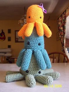 Amigurumi Octopus Tutorial : 1000+ images about amigurumi jellyfish and octopus on ...