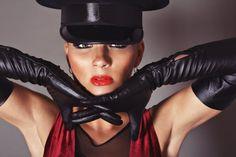 long gloves of officier Long Gloves, Women's Gloves, Elegant Gloves, Black Leather Gloves, Dominatrix, Celebs, Celebrities, Separate, Musicians