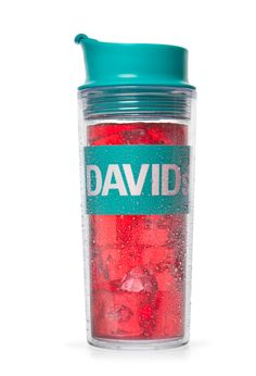 Want to beat the heat this summer? Meet our new iced tea mug. Double walled to keep your drinks cold and the outside comfortable to the touch! Davids Tea, Tea Culture, Tea Benefits, Tea Art, My Tea, Loose Leaf Tea, Tea Accessories, Iced Tea, Tea Mugs