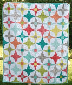Twilight Quilt Pattern - I've got to make this fun retro quilt