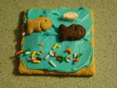 son treasure island vbs   Aquarium snack for VBS kids all loved it. (Graham Cracker with blue ...