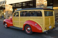 1939 Ford Deluxe station wagon - red - rvl | Flickr – Compartilhamento de fotos!