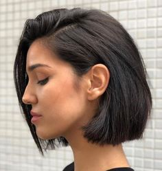 60 Layered Bob Styles: Modern Haircuts with Layers for Any Occasion One-Length Combover Bob for Thick Hair Short Hairstyles For Thick Hair, Layered Bob Hairstyles, Short Hair Cuts, Short Hair Styles, Bob Styles, Thick Bob Haircut, Medium Hairstyles, Short Bob Haircuts, Fade Haircut