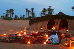 Camping in the Sahara desert of Morocco. Fascinating and peaceful. http://moroccospecialist.blogspot.com.es