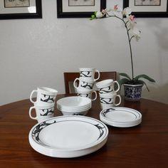 26 Piece Set of Dinnerware Corelle LYRICS by AthenasPlayhouse