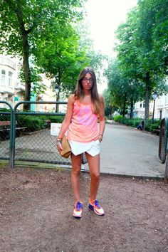New outfit post on the blog ! ** NEW OUTFIT POST ** Skort from Zara, Nike Air Max Hyperfuse,neon, ootd, stylingpot  http://www.stylingpot.be/