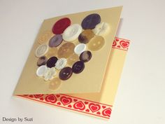 Design by Suzi: Gombíkové srdce Heart Cards, Be My Valentine, Triangle, Button, Tags, Design, Home Decor, Decoration Home, Room Decor