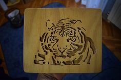 Making Scroll Saw Tiger Tiger Pictures, Scroll Saw, Woodworking, Etsy Shop, Decoration, Videos, Youtube, Crafts, Decor