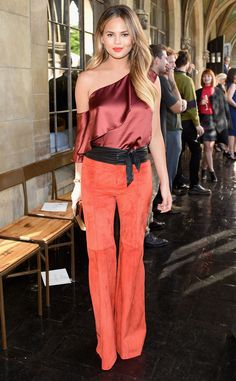 Chrissy Teigen from The Big Picture: Today's Hot Pics  Red hot! The pregnant model glows at the CFDA/Vogue Fashion Fund Show in Hollywood.