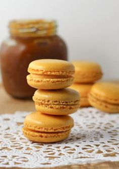 Pumpkin Macarons - oh crap! These are amazing! I just used my own canned squash instead of pumpkin butter and way less icing than the recipe calls for as well as no food coloring (because who really needs that). Pumpkin Recipes, Fall Recipes, Cookie Recipes, Dessert Recipes, Macaron Cookies, Macarons, Pumpkin Spice, Pumpkin Butter, Cheese Pumpkin