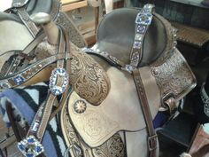 Ty renegade circle y saddle! Beautiful tack set Www.joseywesternstore.com 903-935-9358
