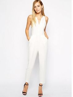 28 Chic Spring Bridal Shower Outfits To Get Inspired: Jumpsuits
