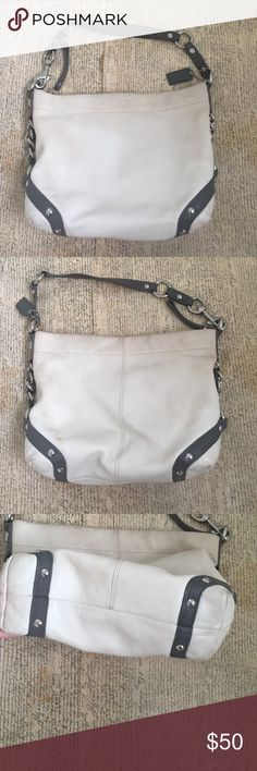 Authentic coach Leather coach bag. Just needs to be cleaned Coach Bags Shoulder Bags