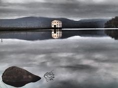 View the image gallery for Pumphouse Point on Lake St Clair, Tasmania. See the amazing history, scenery & wilderness area surrounding Pumphouse Point.