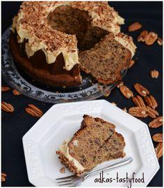 Uz takmer desat rokov zijem v Anglicku a veru vzdy potesi pozdrav zo Slovenska. Ci uz je to vo forme navstevy, pohlad... Slovak Recipes, Bundt Cakes, Muffin, Breakfast, Food, Morning Coffee, Muffins, Meals, Cupcakes